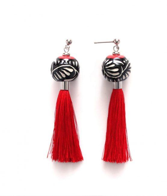 Aretes con hilos negro filo rojo acero inoxidable