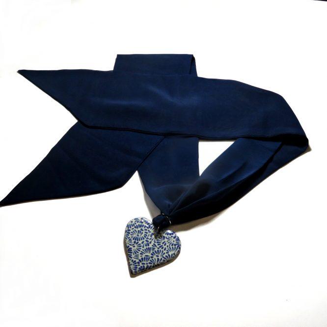 Collar mascada azul plumeado chico en acero inoxidable