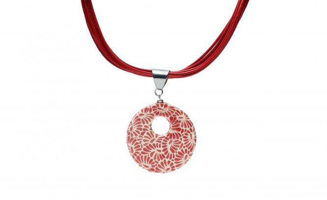 Collar circular rojo plumeado chico en acero inoxidable