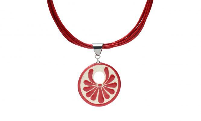 Collar circular rojo plumeado grande en acero inoxidable