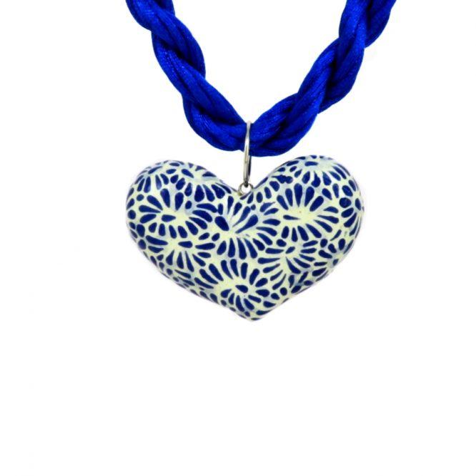 Collar corazón azul plumeado chico en acero inoxidable