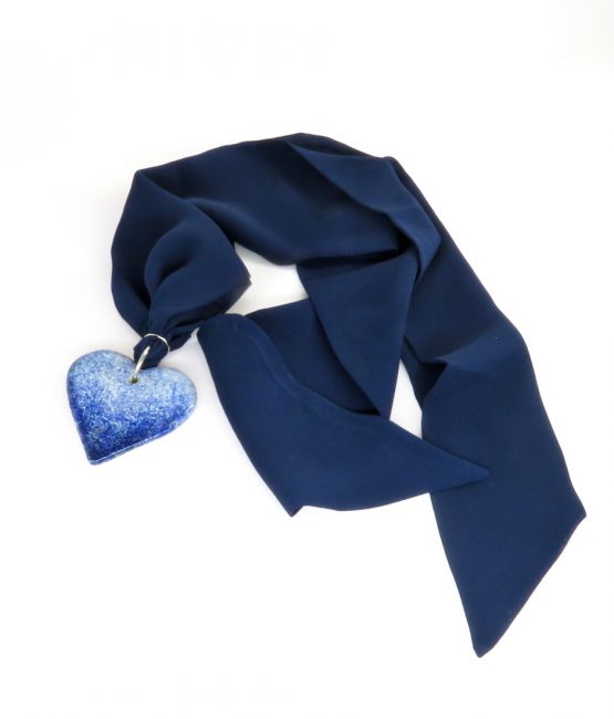 Collar corazón azul en acero inoxidable