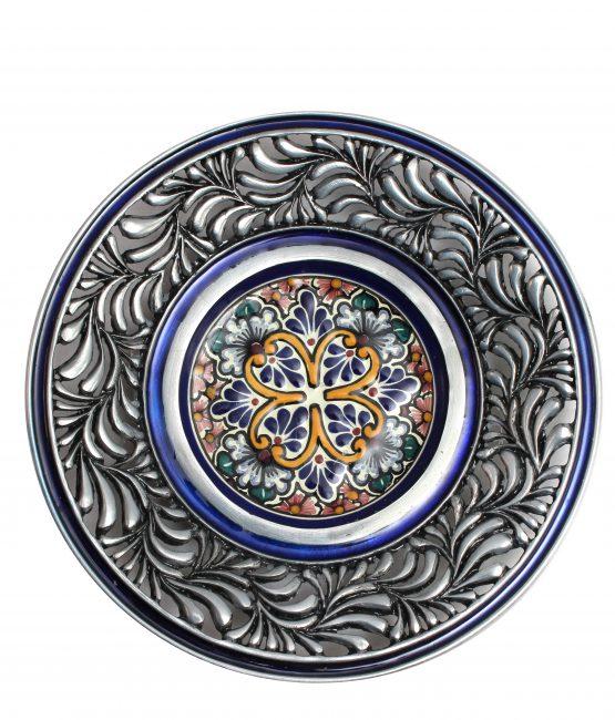 Plato plumeado de cerámica en azul estilo talavera libre de Plomo